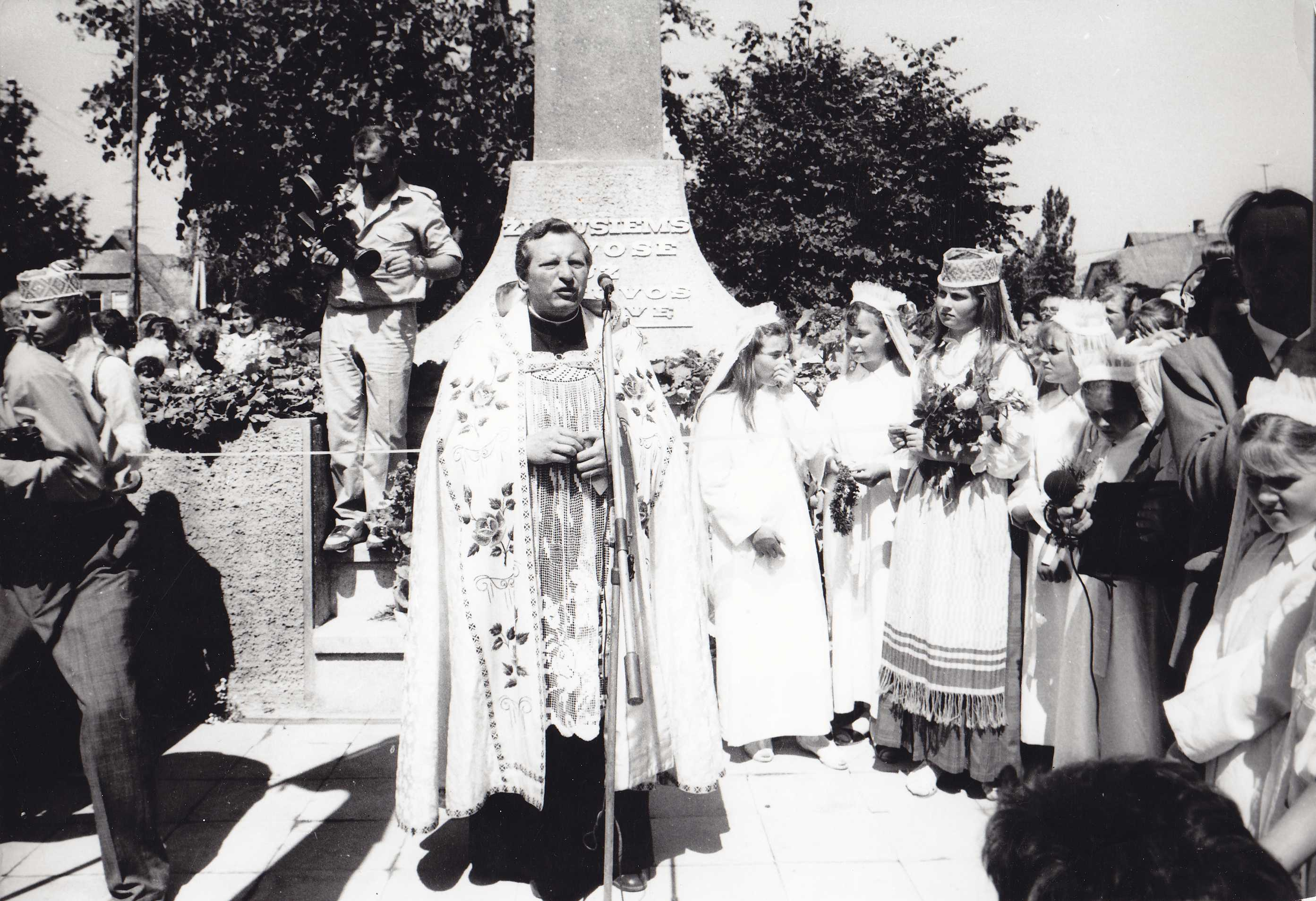 Kalba Pabiržės (Biržų dekanatas) švč. Trejybės parapijos klebonas Jonas Algirdas Narušis