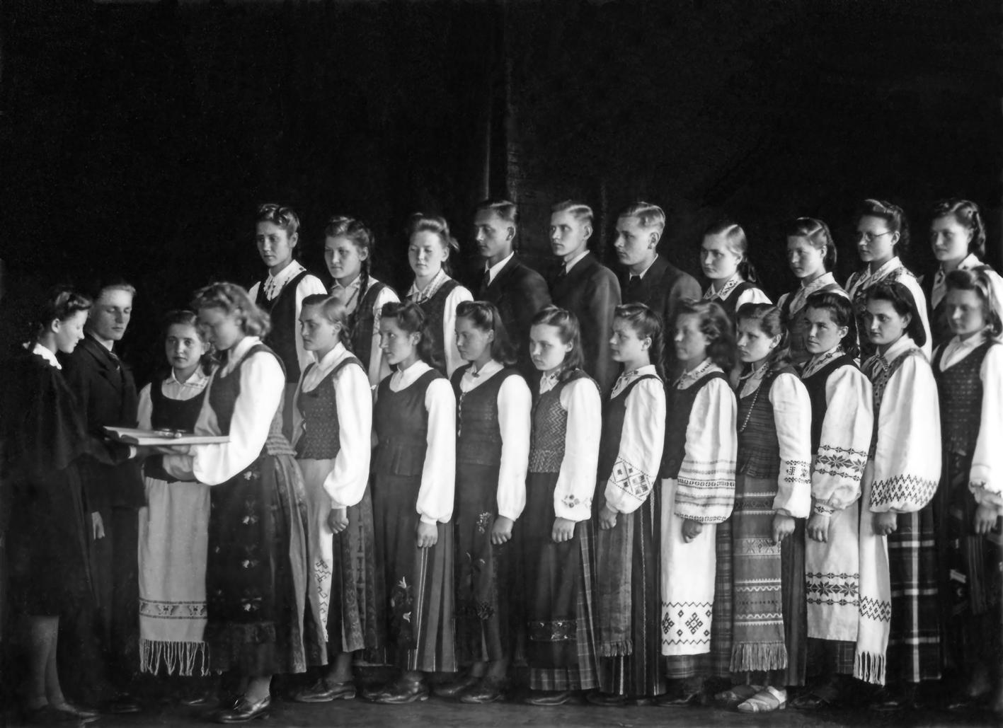 Pasvalio gimnazijos abiturientų išleistuvių ceremonija