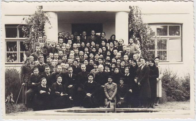 Būrys Pasvalio gimnazistų ir mokytojų