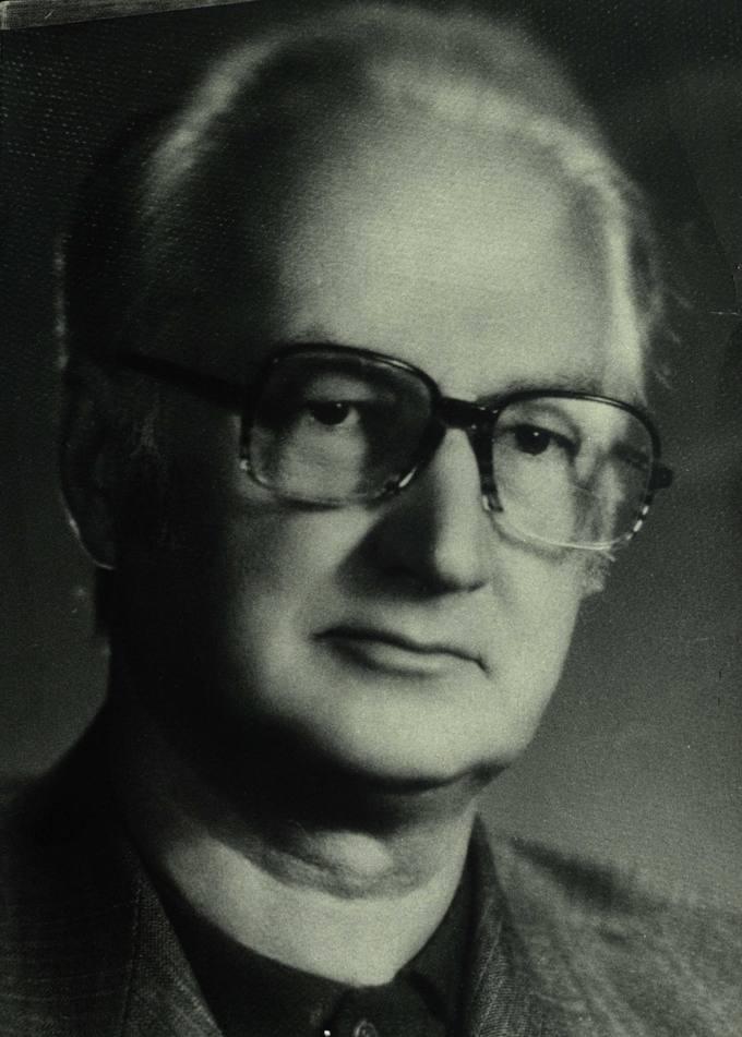 Portretinė poeto, vertėjo, architekto Jono Vytauto Nistelio nuotrauka