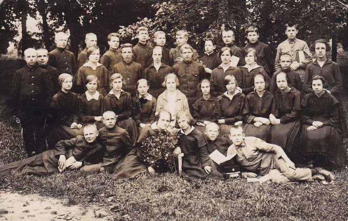 Juozas Povilonis Marijampolės gimnazijoje