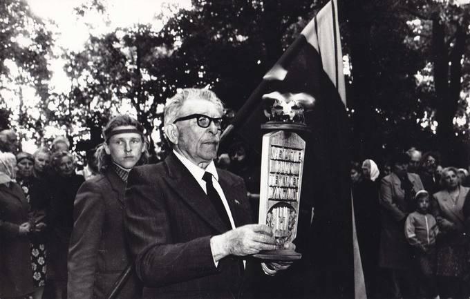 Vilhelmas Janiselis ir Arūnas Spraunius birželio 14-osios minėjime