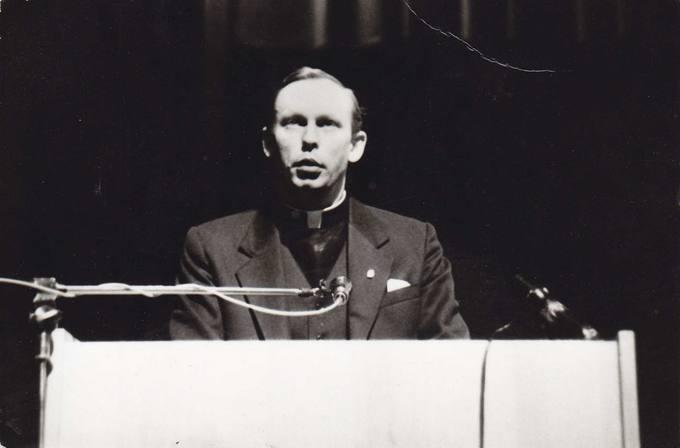 Kalba Pasvalio bažnyčio vikaras kunigas Algimantas Petkūnas
