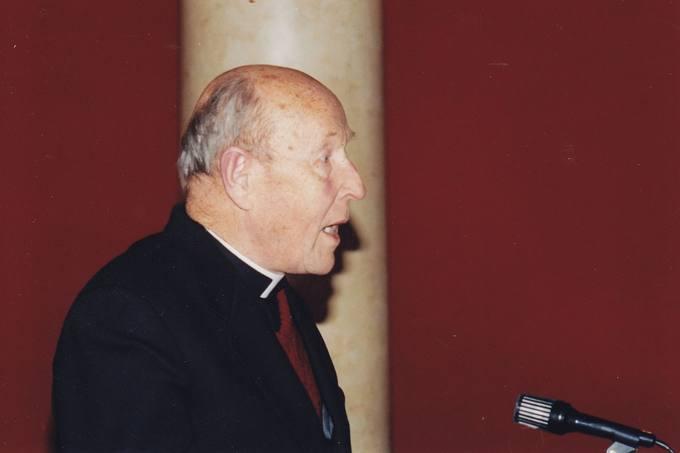 Profesoriaus kunigo Antano Liuimos sveikinimo žodis