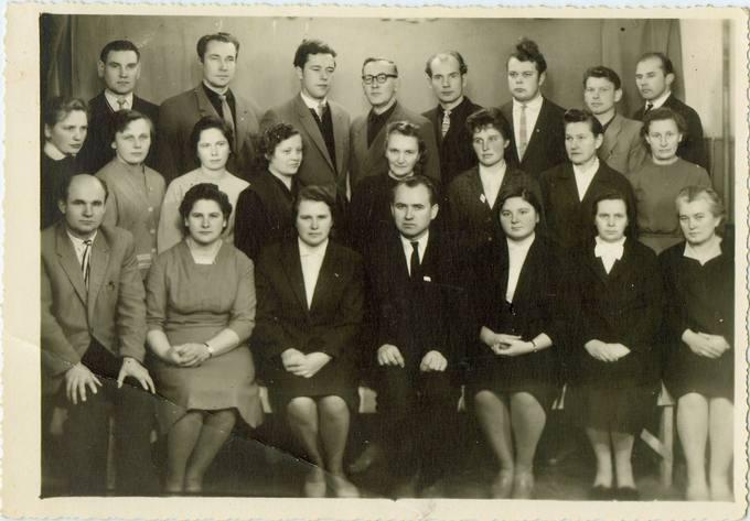 Pasvalio vidurinės mokyklos mokytojai