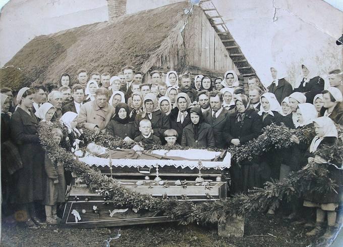 Ūkininkaičio Antano Kaškelio laidotuvės