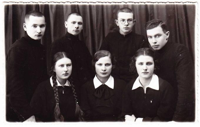 Literatūros vakaro Biržuose dalyvių grupė