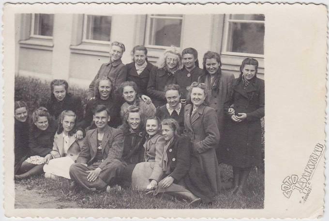 Pasvalio gimnazistų grupelė