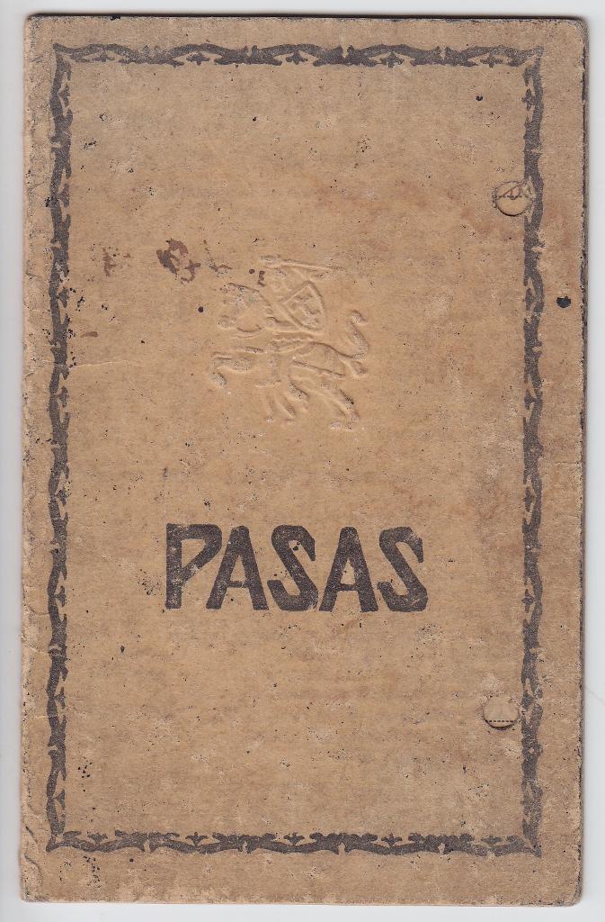 Pasvalio miesto gyventojo Rapolo Krasausko pasas, išduotas 1921 m. lapkričio 14 d. Paso nr. 636776.