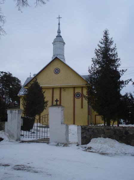 Pušaloto Šv. apaštalų Petro ir Povilo bažnyčia. Nuotrauka iš Pasvalio Mariaus Katiliškio viešosios bibliotekos Krašto kultūros dokumentavimo centro fondų, 2015