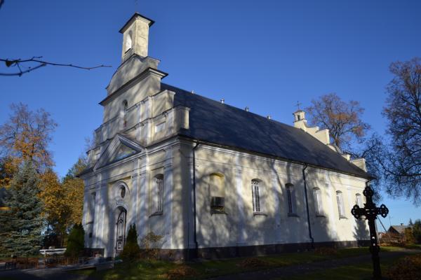 Daujėnų Švč. Jėzaus Vardo bažnyčia
