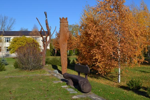 Skulptūros Krinčino miestelyje