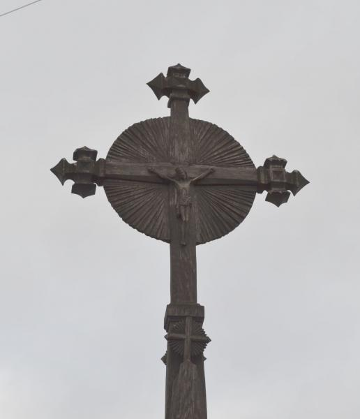 Koplytstulpis rašytojui Petrui Rimkūnui Kiemėnų kaime