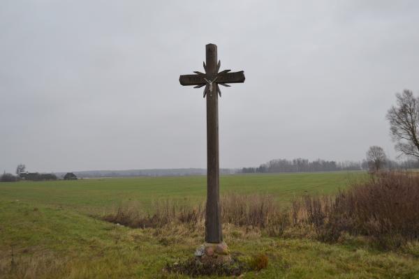 Kryžius Maldučionių jaunimui