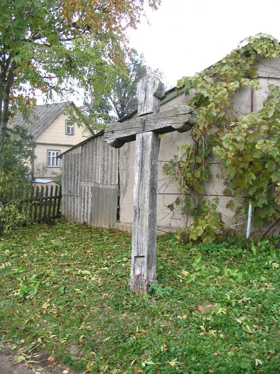 Kryžius prie P. Stapulionio sodybos, Norelių kaime
