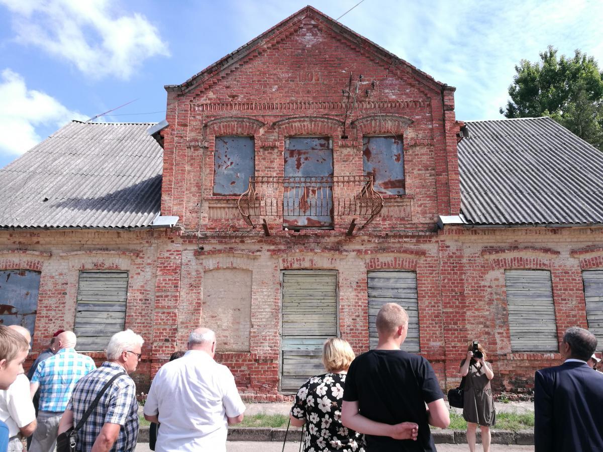 Pušaloto žydų pradinės mokyklos pastatas