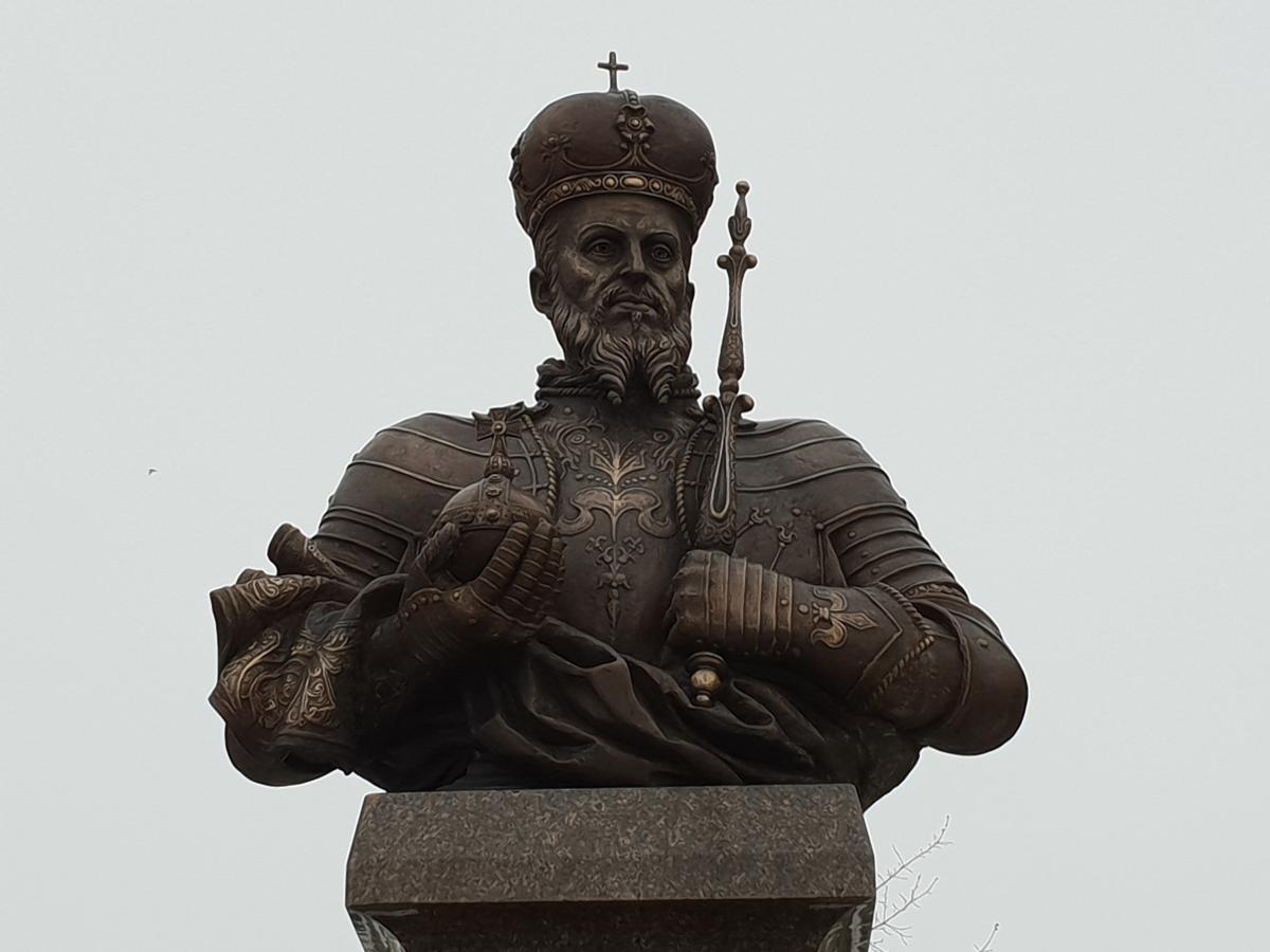Paminklas Lenkijos kraliui ir LDK didžiajam kunigaikščiui Žygimantui Augustui